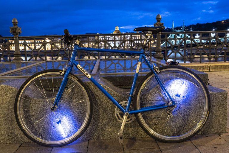 Kerékpáros küllőfény teszt 14