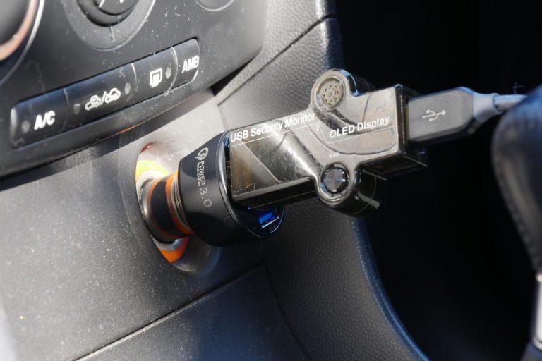 Háromportos szivargyújtós USB töltő 6